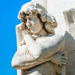 image of angel statue representing archangel perpetiel