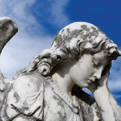 image of crying angel statue